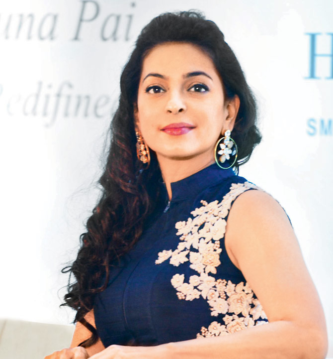 Juhi Chawla Photos, Husband, kids, Date Of Birth