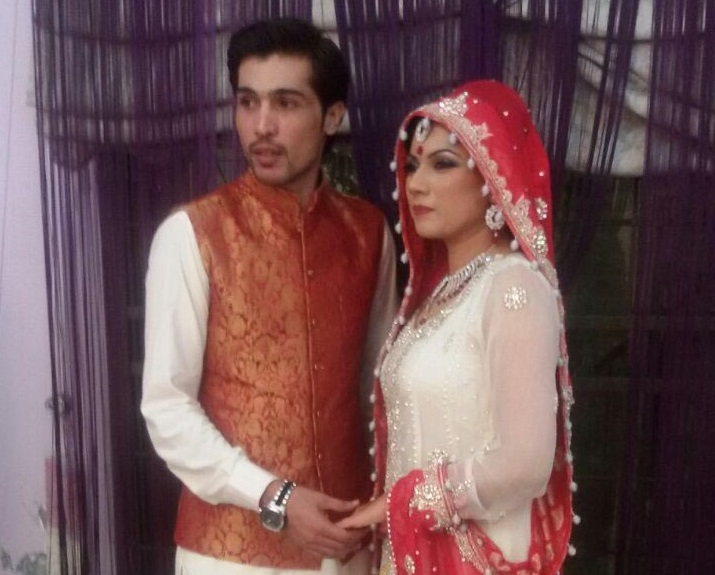 M Amir Cricketer Wedding Photos Wife Name Biography