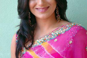 Pooja Deol Family Photos, Husband, Father Name, Biography