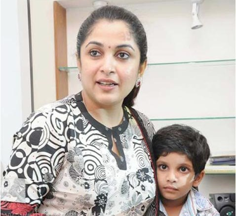 Ramya Krishnan Family Age, Husband, Son,