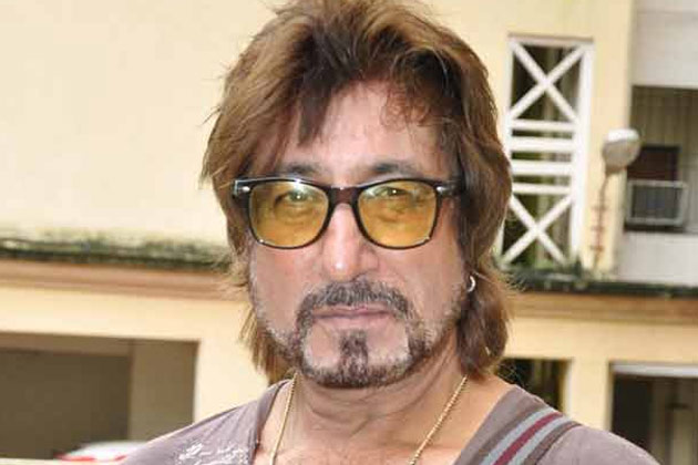 shakti-kapoor-family-photo-wife-name-daughter-son-biography