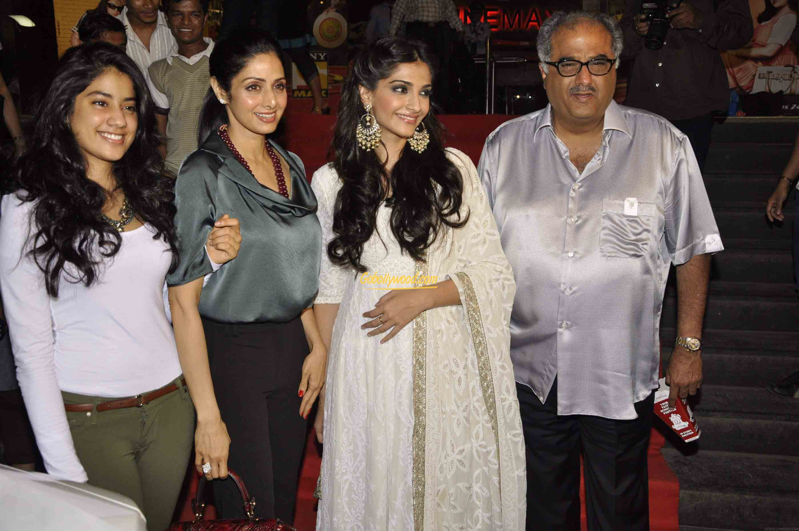 Sridevi Family Photos, Husband, Daughters, Biography