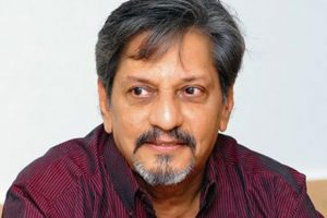 Amol Palekar Family, Wife, Daughters, Biography