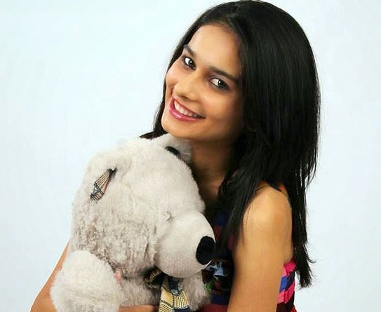 Aneri Vajani Family Pics, Husband, Age, Height, Biography