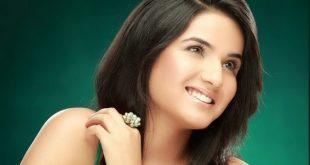 Jasmin Bhasin Family Pics, Father, Husband, Age, DOB, Biography