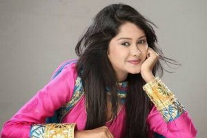 Kanchi Singh Family Pics, Father, Husband Name, Age, Height, Biography