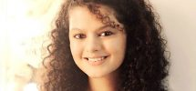Palak Muchhal Family Photo, Biography, Brother, Father, Mother