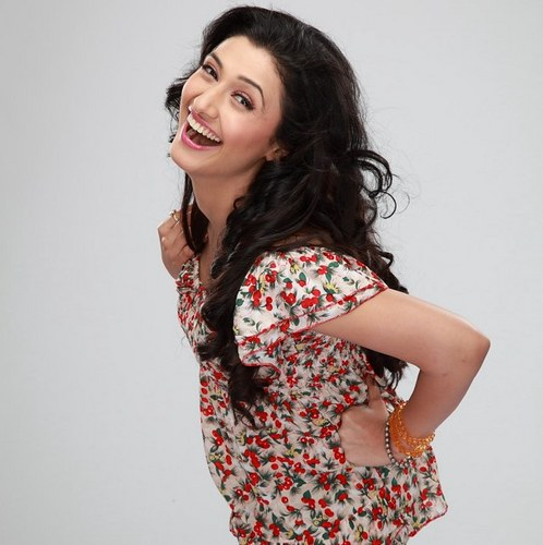 Ragini Khanna Family Photo, Father, Mother, Husband, Wedding, Age, Biography
