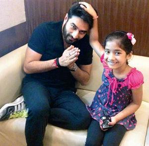 Shekhar Ravjiani Family Pics, Wife, Daughter,  Height, Weight