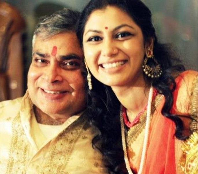 Sriti Jha Husband Name, Family Father, Mother, Age, Biography