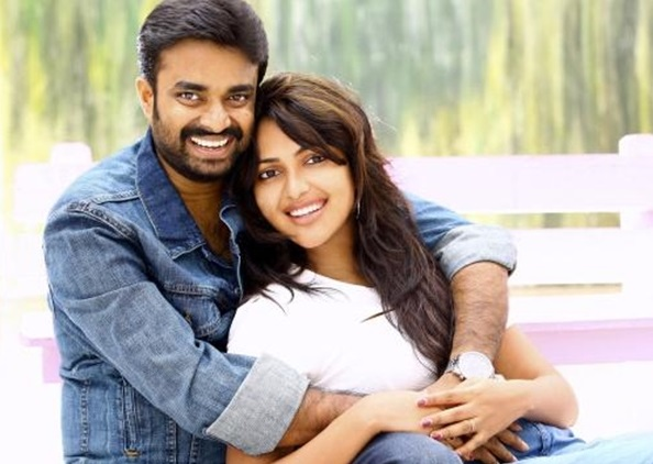 Amala Paul Family Photo, Husband, DOB, Height
