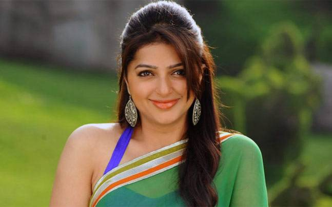 Bhumika Chawla Family Pictures, Husband, Son, Sisters, Height