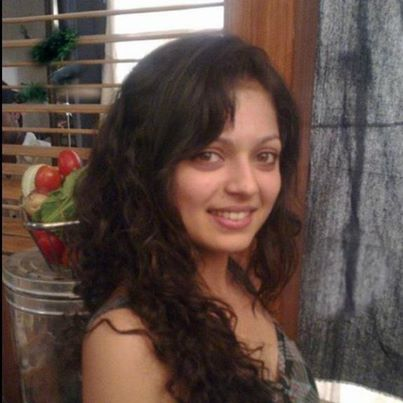 Most Beautiful Indian TV Actress Without Makeup