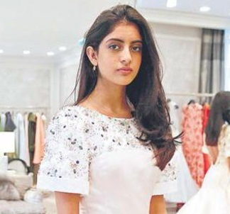 Navya Naveli Nanda Family Photos, Father, Mother, Age, Height, Boyfriend, Biography