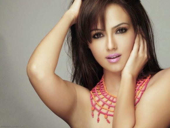 Sana Khan Family Photo Mother And Father Sister Age