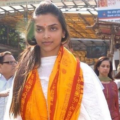 Top Bollywood Actresses Without Makeup Pictures, Deepika Padukone