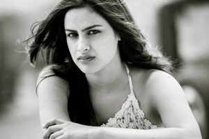 Neha Mahajan Family Photos, Father, Mother, Husband, Age, Biography