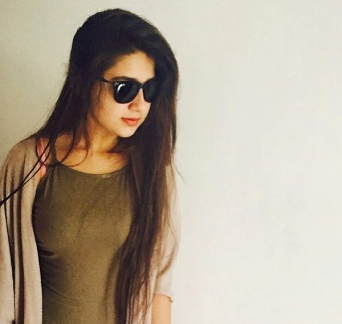 Aditi Bhatia Family Photos, Father, Mother, Age, Height, Husband, Biography