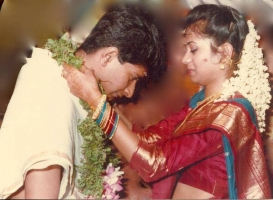 KK Singer Family Photos, Father, Mother, Wife, Son, Daughter, Age, Biography