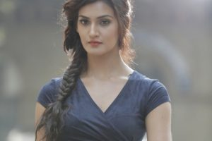 Mukti Mohan Family Photos, Father, Mother, Sisters, Husband, Age, Biography