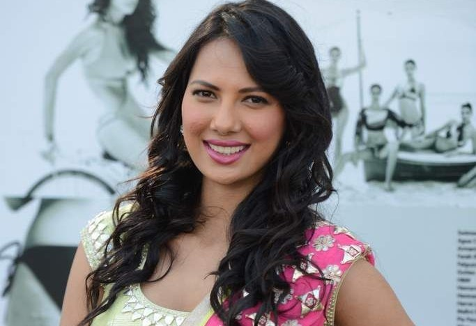 Rochelle Rao Family Photos, Father, Mother, Sister, Husband, Age, Height, Biography