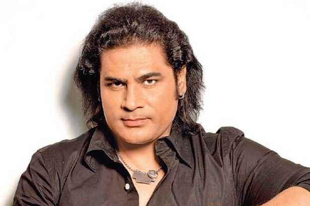 Shafqat Amanat Ali Family Photos, Father, Mother, Wife, Age, Biography