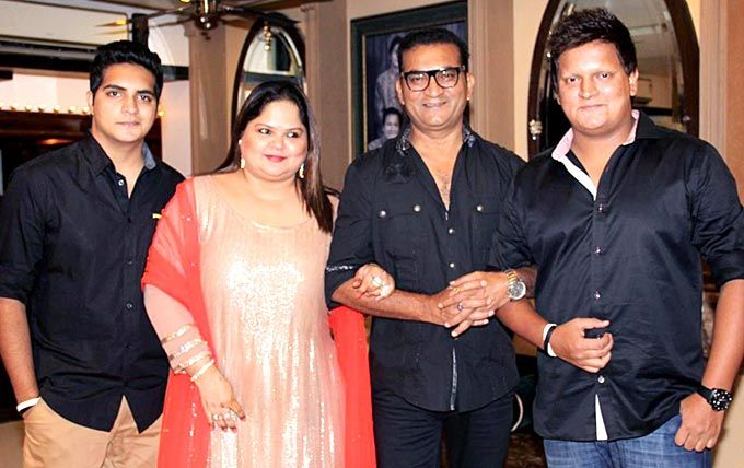 Abhijeet Bhattacharya Family Photos, Father, Wife, Son, Daughter, Biography