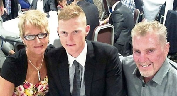 Ben Stokes Family Photos, Father, Mother, Age, Biography