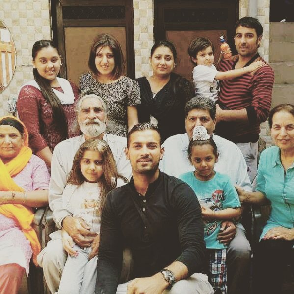 Garry Sandhu Family Photos, Father, Mother, Wife, Biography