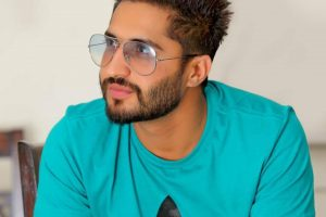 Jassi Gill Family Photos, Father, Mother, Wife, Age, Height, Biography