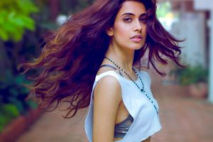 Sarah Jane Dias Family Photos, Father, Mother, Sister, Husband, Age, Height