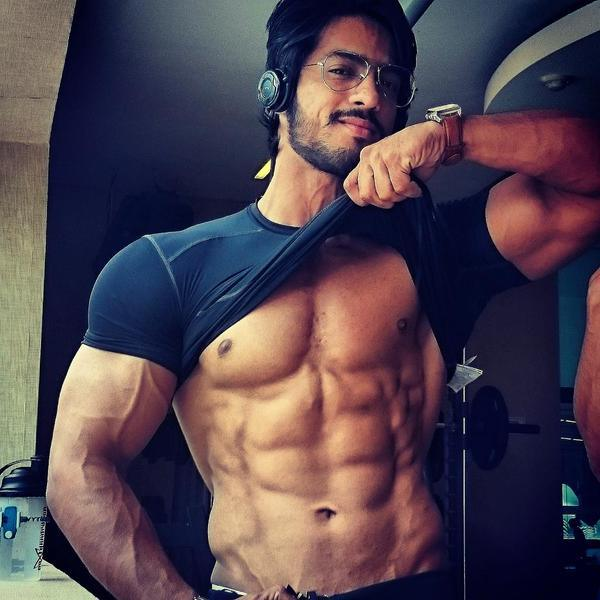 Thakur Anoop Singh Family Photos, Father, Wife, Age, Height, Biography