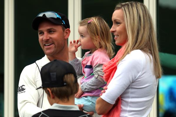 Brendon McCullum Family Photos, Father, Mother, Wife, Son, Age, Bio
