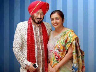 Jaswinder Bhalla Family Photos, Father, Wife, Son, Age, Biography