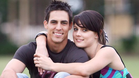 Mitchell Johnson Family Photos, Father, Mother, Wife, Age, Biography