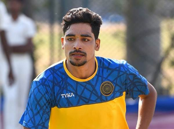 Mohammed Siraj Family Photos, Father, Mother, Wife, Age, Biography