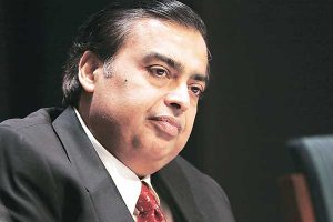 Mukesh Ambani Family Photos, Father, Wife, Son, Daughter, Brother, Age