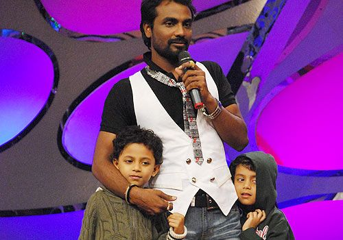 Remo D'Souza Family Photos, Mother, Son, Brother, Age, Biography
