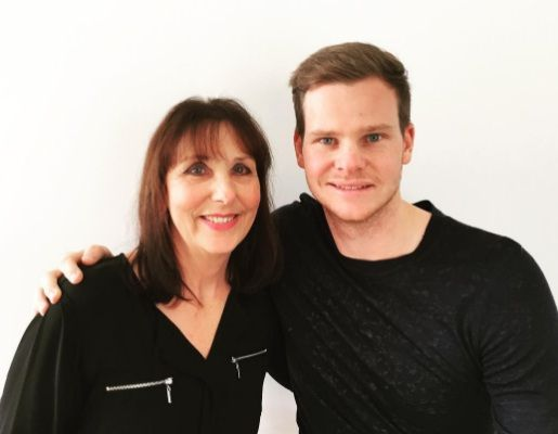 Steve Smith Family Photos, Father, Mother, Wife, Height, Biography