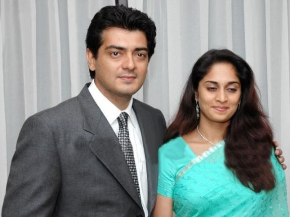 Ajith Kumar Family Photos, Father, Mother, Wife, Son, Age, Biography