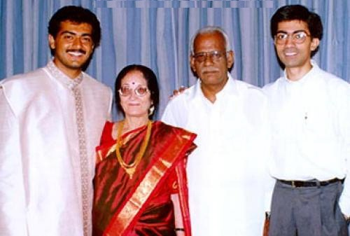 Ajith Kumar Family Photos, Father, Mother, Wife, Son, Daughter, Biography