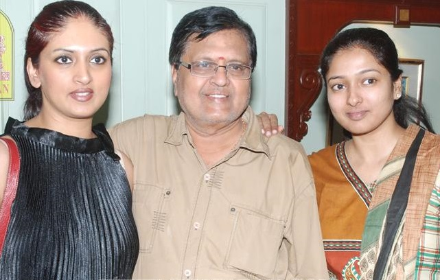 Gayathri Raghuram Family Photos, Father, Mother, Husband, Sister, Bio