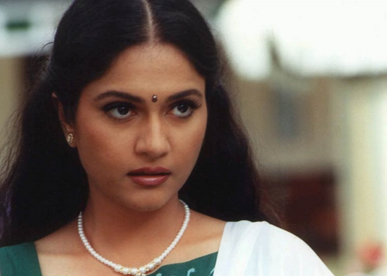 Gracy Singh Family Photos, Husband, Parents, Age, Height, Movies List