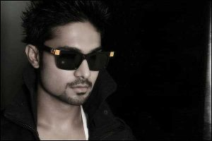 Salman Yusuff Khan Family Father, Mother, Wife, Daughter, Age, Height, Biography