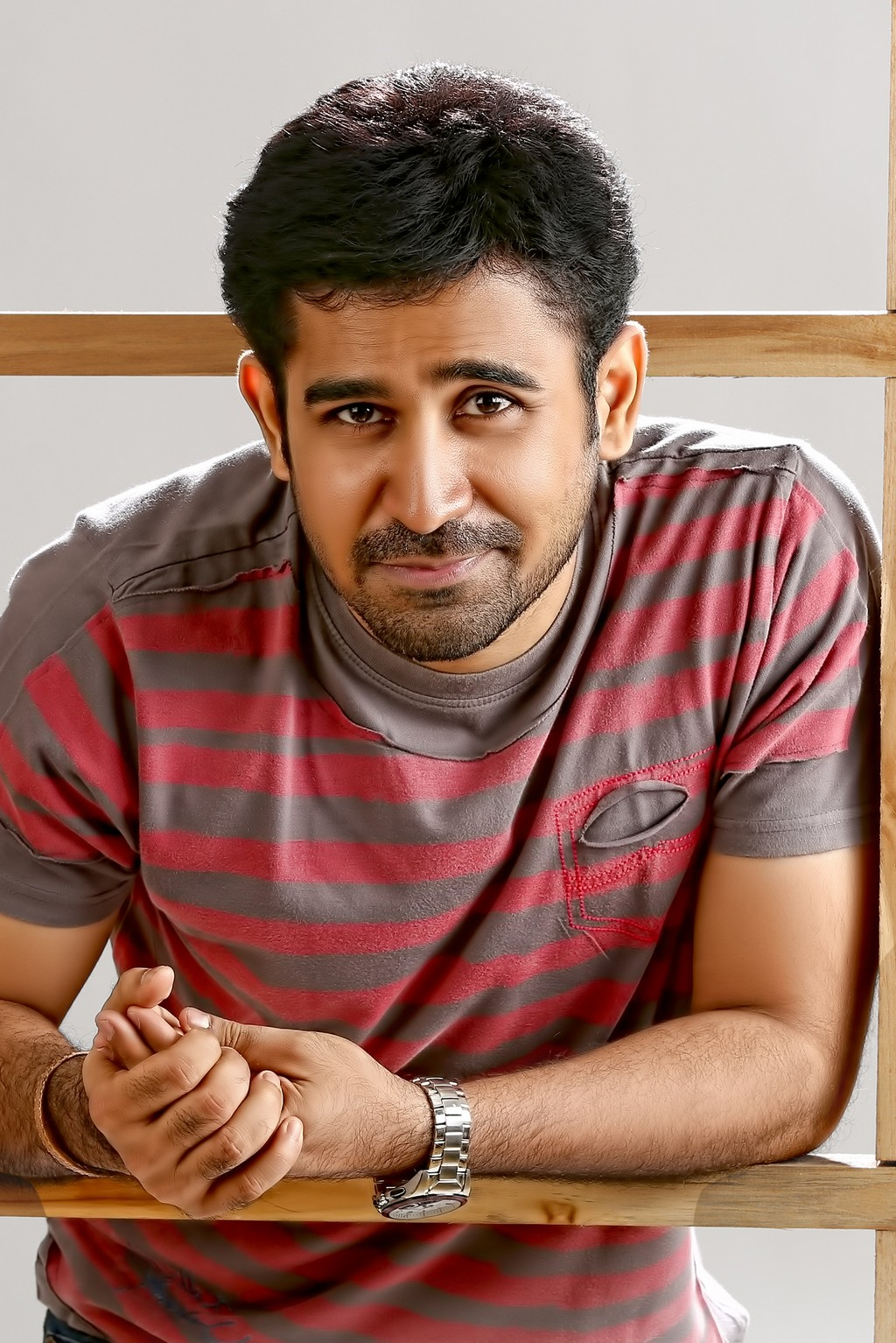 Vijay Antony Family Photo, Wife, Wedding Photos, Age, Parents