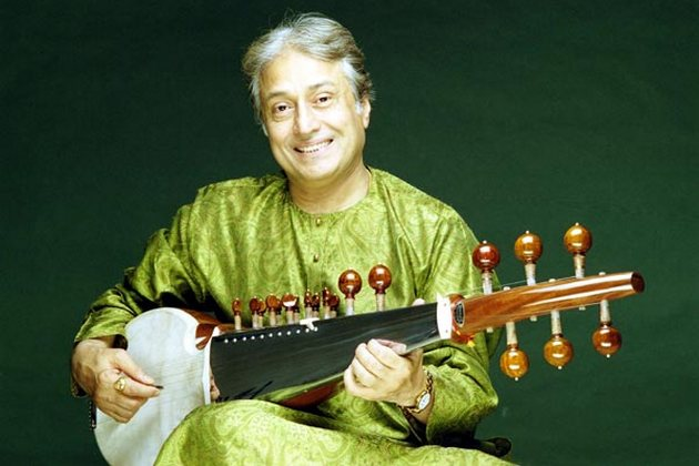 Amjad Ali Khan Family Photos, Sons, Wife, Age, Biography