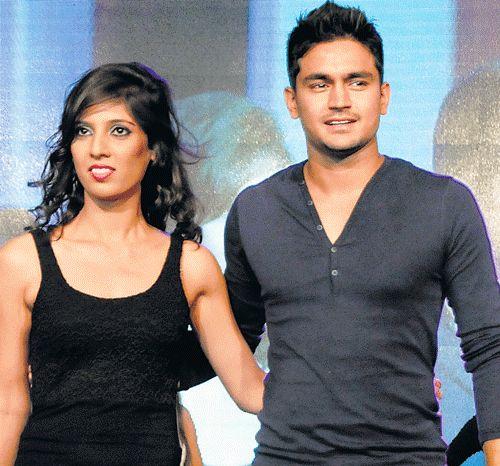 Manish pandey family