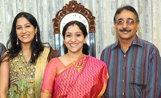 Swetha Mohan Family Pictures, Husband, Father, Mother, Children,