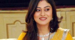 Falaq Naaz Family Photos, Husband, Father, Mother, Age, Height, Bio