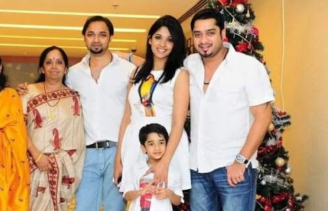 Nyla Usha Family Photos, Husband, Son, Father, Age, Biography